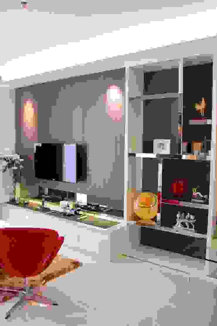 Living spot Ruang Keluarga Minimalis Oleh Kottagaris interior design consultant Minimalis