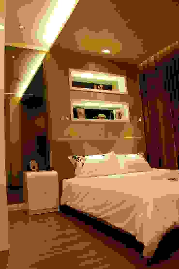 Master bedroom Kamar Tidur Minimalis Oleh Kottagaris interior design consultant Minimalis