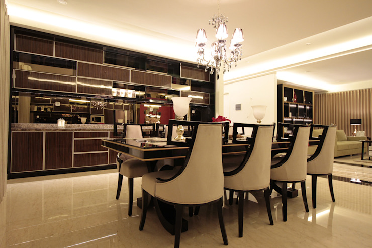 Pantry and dining area Ruang Makan Modern Oleh Kottagaris interior design consultant Modern
