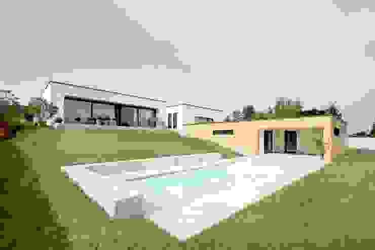Exclusiver Bungalow mit hochwertiger Ausstattung in Lichtenfels Ausgefallene Häuser von wir leben haus - Bauunternehmen in Bayern Ausgefallen