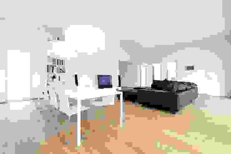 Exclusiver Bungalow mit hochwertiger Ausstattung in Lichtenfels Ausgefallene Wohnzimmer von wir leben haus - Bauunternehmen in Bayern Ausgefallen