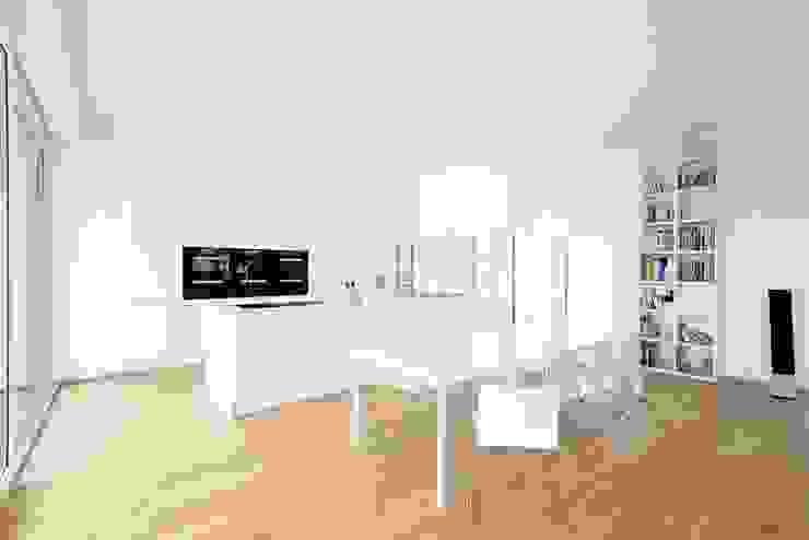 Exclusiver Bungalow mit hochwertiger Ausstattung in Lichtenfels Moderne Küchen von wir leben haus - Bauunternehmen in Bayern Modern