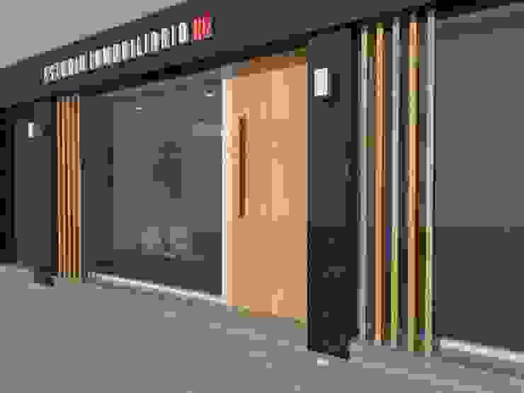 Oficina Comercial – La Plata – Bs. As. Oficinas y comercios de estilo moderno de SBG Estudio Moderno