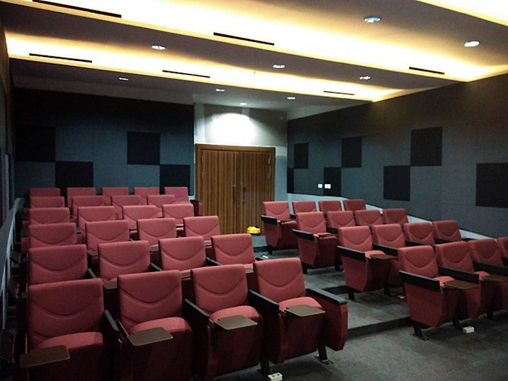 Modern Media Room by ADEA Studio Modern