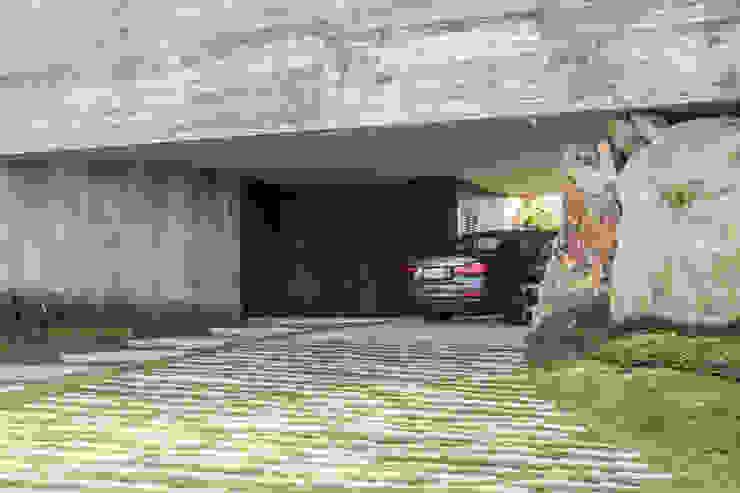Belas Artes Estruturas Avançadas Garage Doors Iron/Steel Metallic/Silver