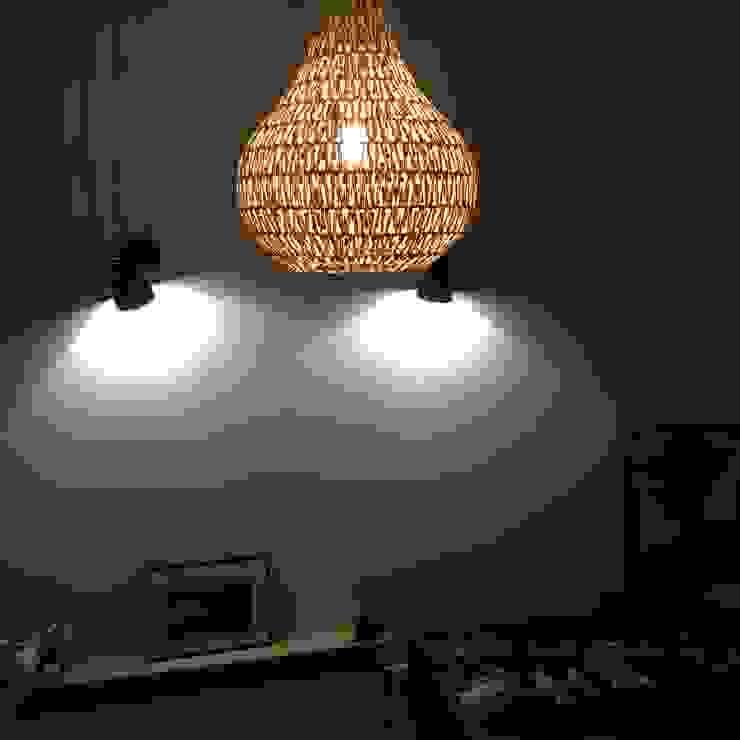 Slaapkamerverlichting: modern  door Vine Home Design, Modern