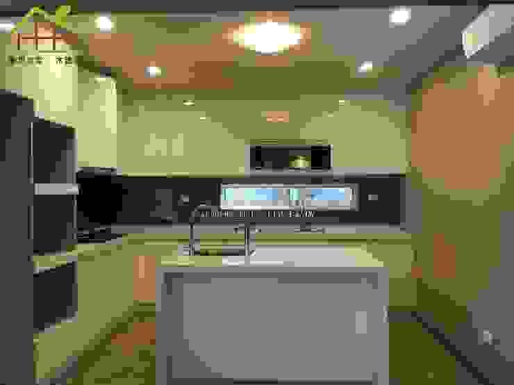 1F廚房 根據 詮鴻國際住宅股份有限公司 日式風、東方風