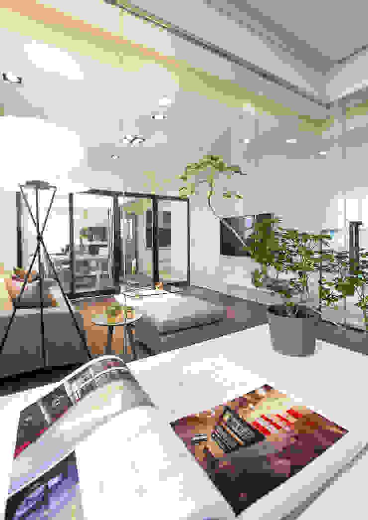 私宅/ Kaohsiung 根據 陳府設計 Chenfu Design 現代風
