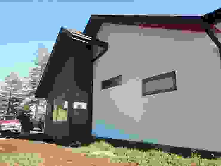 Casa El Huertón Casas de estilo rural de San Cristobal hnos constructora Rural