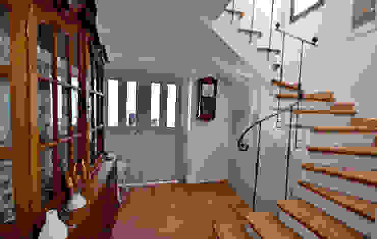 鄉村風格的走廊,走廊和樓梯 根據 homify 田園風