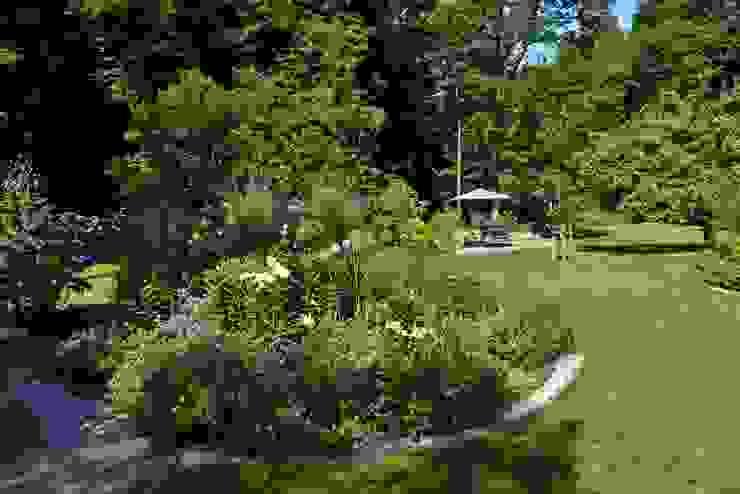 Country style garden by KAISER + KAISER - Visionen für Freiräume GbR Country