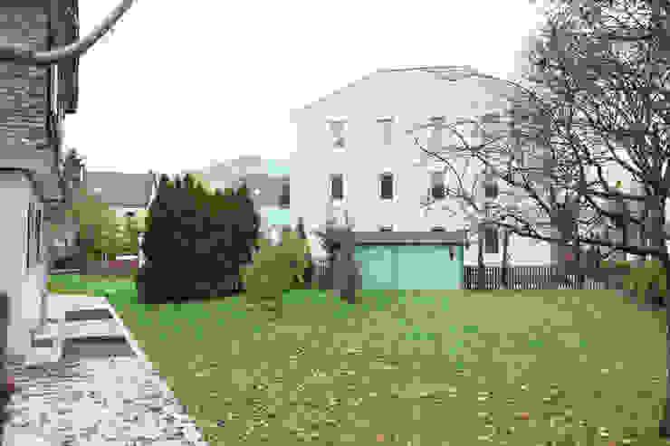 Rumah Minimalis Oleh Neugebauer Architekten BDA Minimalis