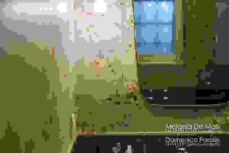 Casa Il Veliero Pareti & Pavimenti in stile classico di melania de masi architetto Classico
