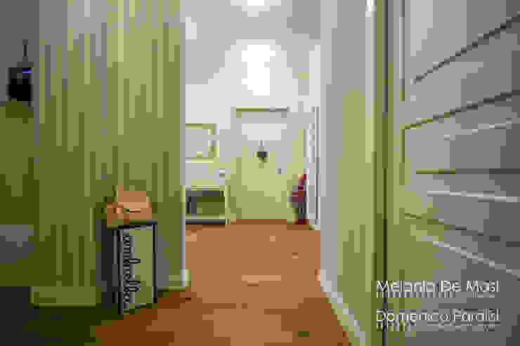 Casa Il Veliero Ingresso, Corridoio & Scale in stile classico di melania de masi architetto Classico