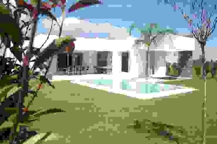 Casa Suriguez Casas modernas de Estudio Victoria Suriguez Moderno