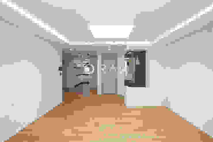 자양동 삼성아파트 / 32평형 아파트 인테리어 모던스타일 거실 by 오락디자인 모던