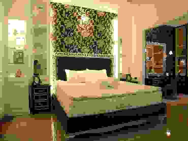 Bed area Kamar Tidur Klasik Oleh Kottagaris interior design consultant Klasik