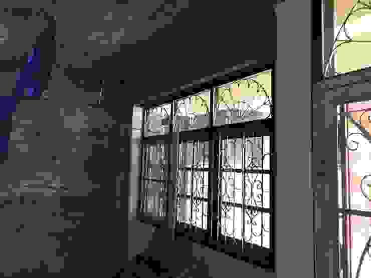 รีโนเวทห้องรับเเขกของบ้านคุณธนกร โดย Ms Interiors Design