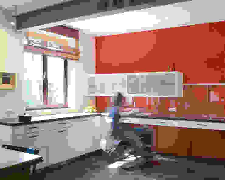 Barrierefreie Küche von Monika Schäfers Innenarchitektur Modern