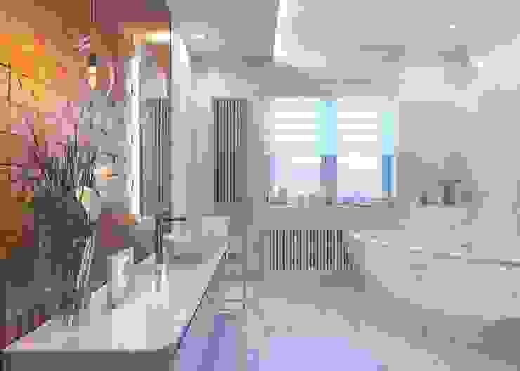 Banheiros ecléticos por LUXEMBURG Eclético