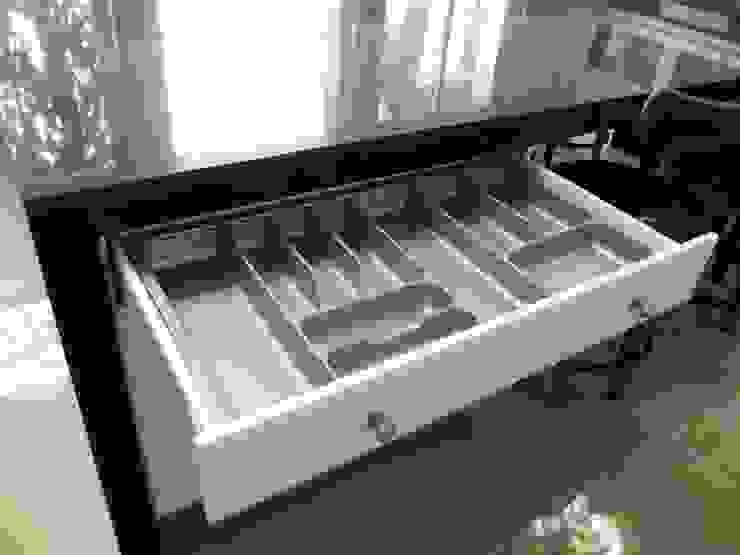 Cajón cuberterto, línea lacada. de ABS Diseños & Muebles Clásico