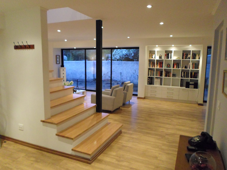 CASA BELLO HORIZONTE Pasillos, halls y escaleras minimalistas de [ER+] Arquitectura y Construcción Minimalista