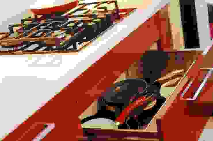 Cajón porta ollas. de ABS Diseños & Muebles Moderno Contrachapado