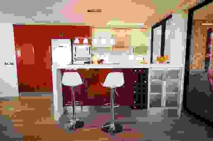 modern  by ABS Diseños & Muebles, Modern Plywood