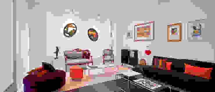 Sala de estar Livings de estilo minimalista de [ER+] Arquitectura y Construcción Minimalista