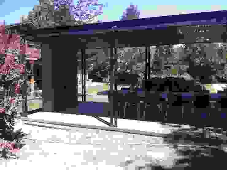 [ER+] Arquitectura y Construcción Balcon, Veranda & Terrasse minimalistes