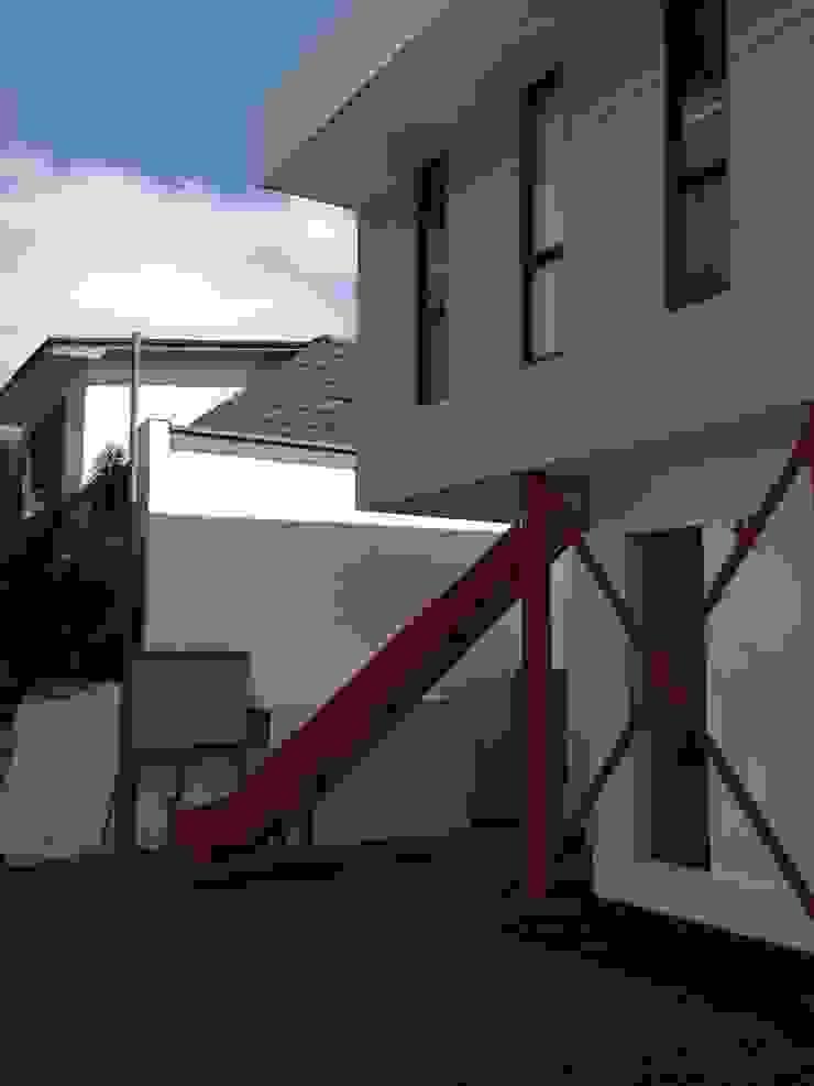 JARDIN INFANTIL <q>PEQUEMUNDO</q> de [ER+] Arquitectura y Construcción Moderno