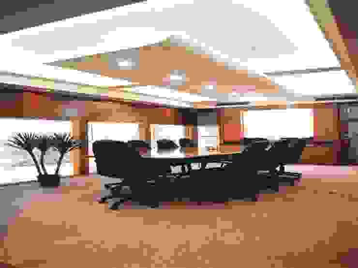 meeting room:modern  oleh sigmaDKNP, Modern