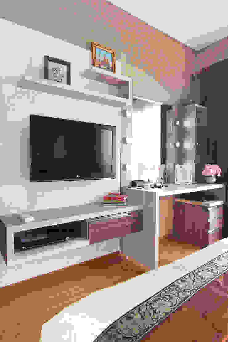 Interior Apartemen Tamansari Semanggi Kamar Tidur Modern Oleh SAKA Studio Modern