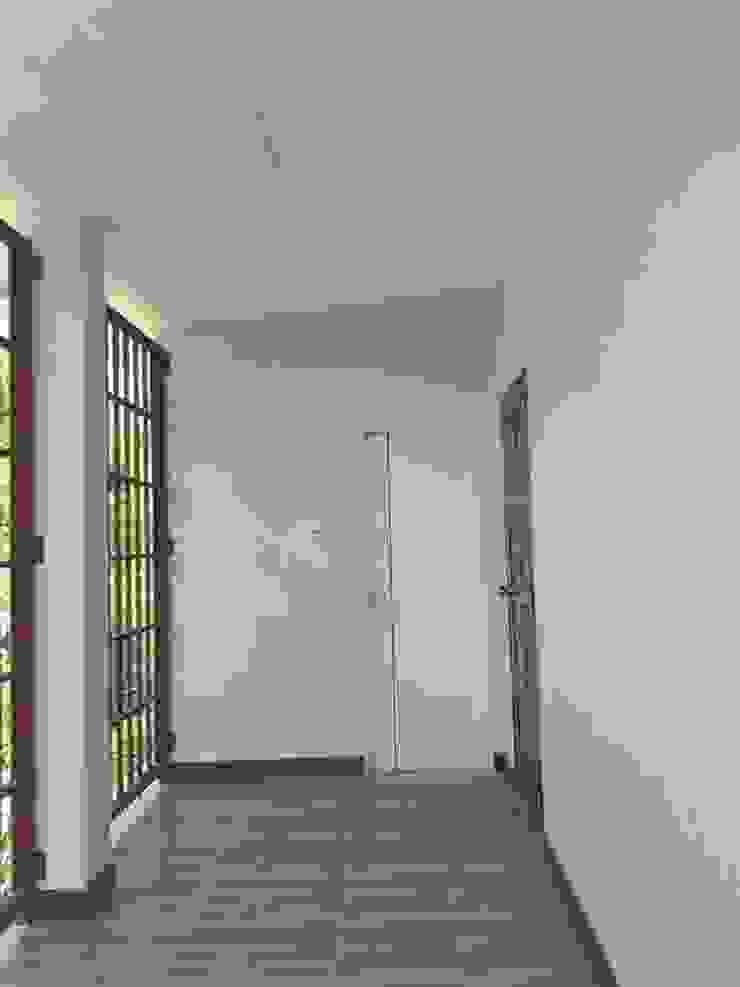บ้าน 2 ชั้น 3 ห้องนอน 2 ห้องน้ำ 1 โถง 1 ครัว โดย Pichapat Prohouse