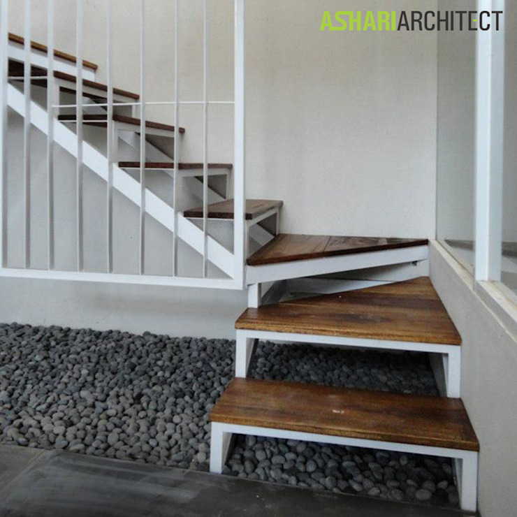 Salendro House Koridor & Tangga Modern Oleh Ashari Architect Modern
