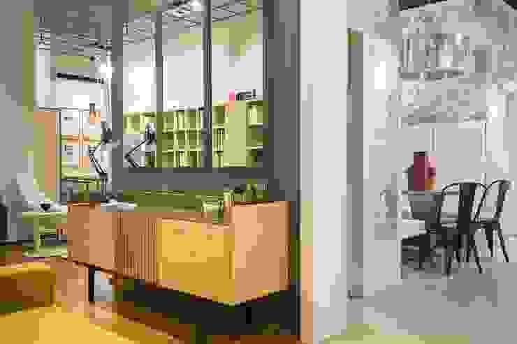 Moderne Arbeitszimmer von Urbana Interiorismo Modern