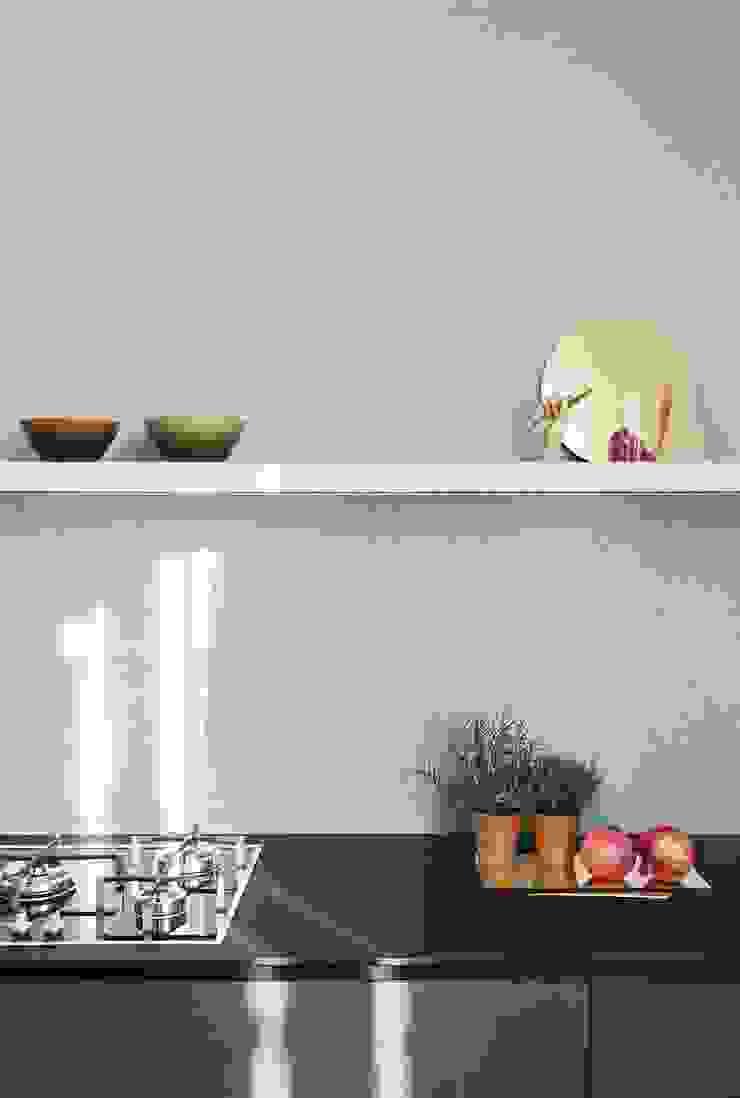 A I M Cocinas de estilo moderno