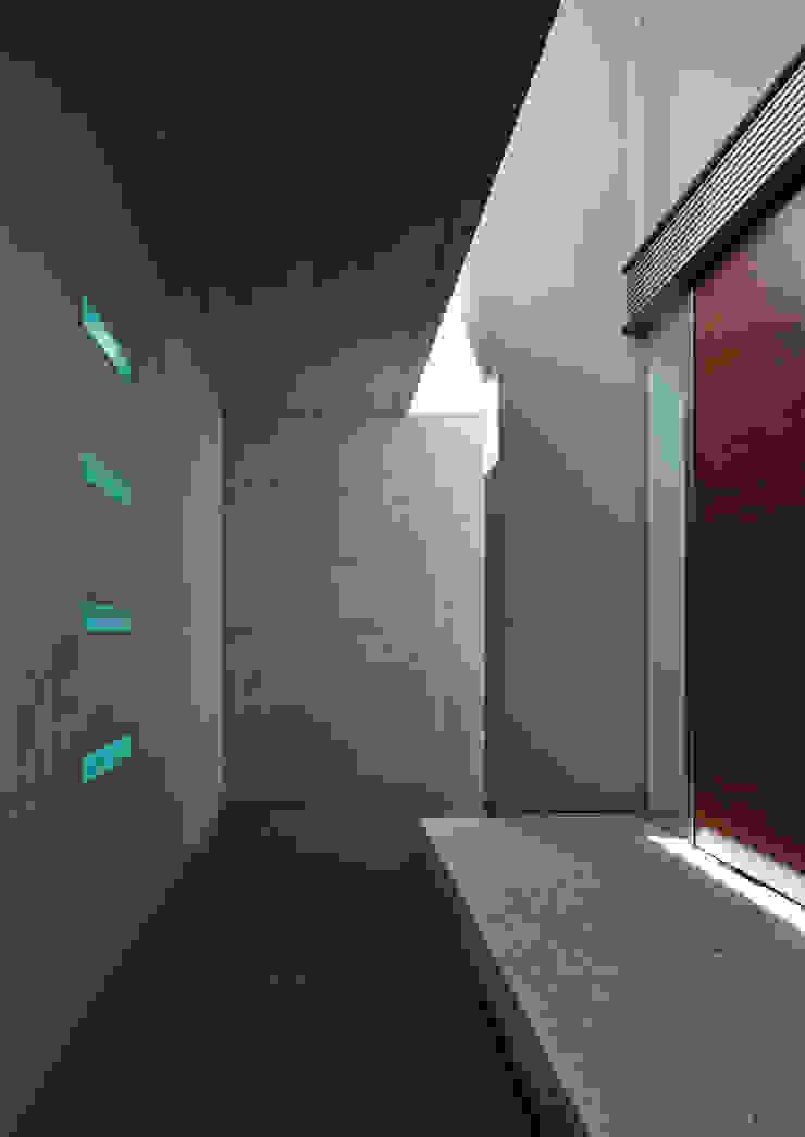 澤村昌彦建築設計事務所 Koridor & Tangga Modern