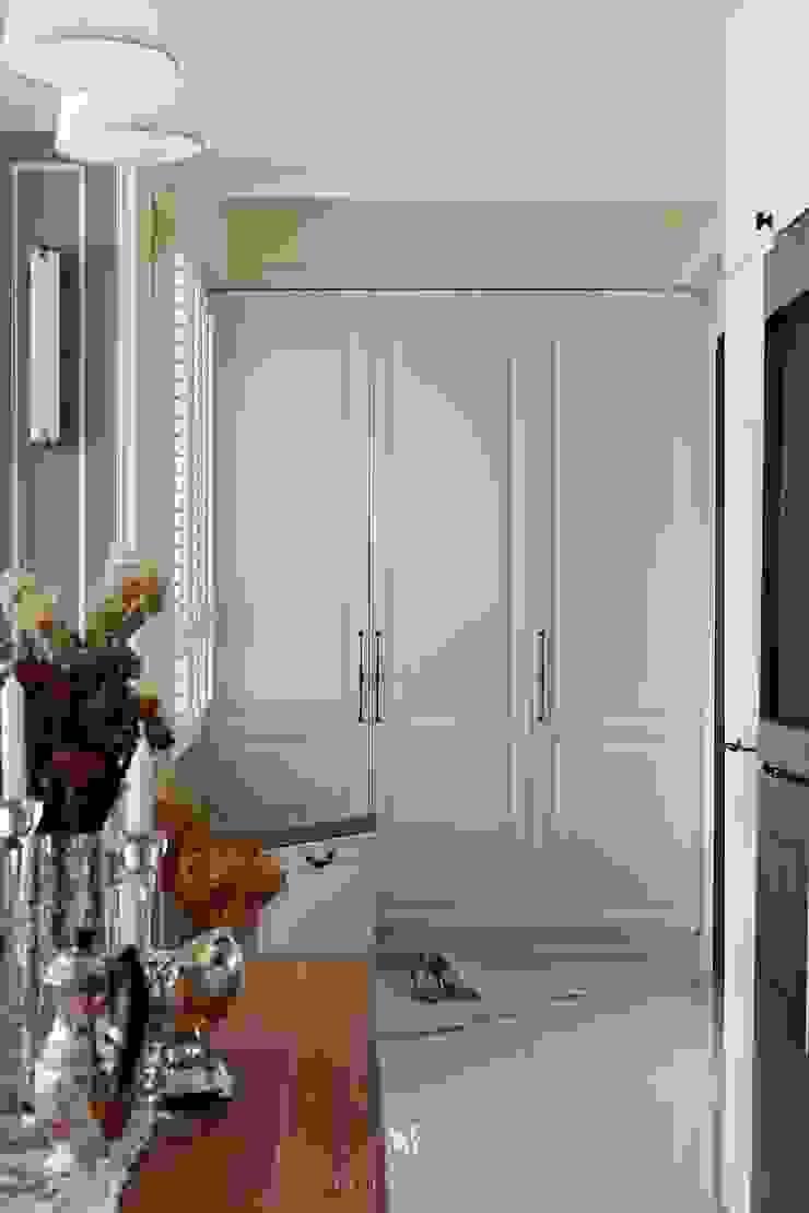 Sunny.Boudoir 理絲室內設計有限公司 Ris Interior Design Co., Ltd. 乡村风格的走廊,走廊和楼梯 White
