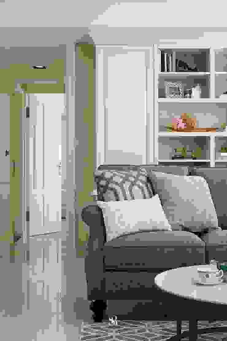 Sunny.Boudoir 理絲室內設計有限公司 Ris Interior Design Co., Ltd. 客廳沙發與扶手椅 Grey