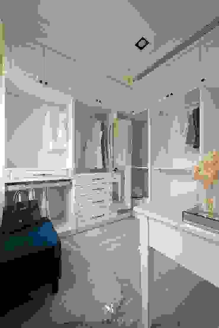 Sunny.Boudoir 理絲室內設計有限公司 Ris Interior Design Co., Ltd. 更衣室 White