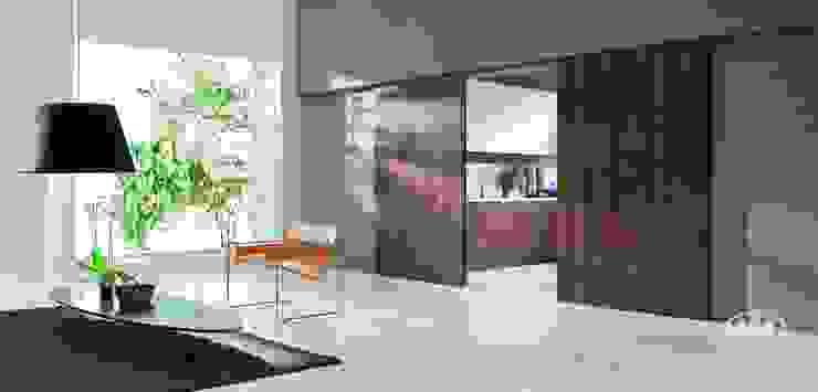 Komandor - Wnętrza z charakterem Living roomShelves Chipboard Wood effect