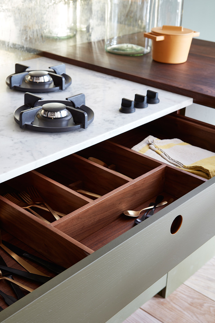 Ladbroke Cocinas de estilo minimalista de NAKED Kitchens Minimalista