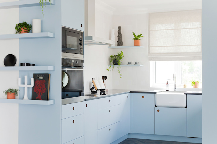 Kew Penthouse Cocinas de estilo moderno de NAKED Kitchens Moderno Madera Acabado en madera