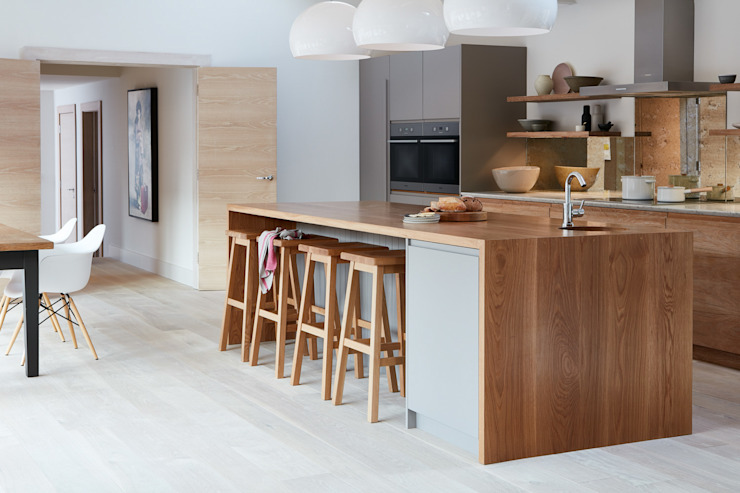 Brancaster Marshes 現代廚房設計點子、靈感&圖片 根據 NAKED Kitchens 現代風 木頭 Wood effect