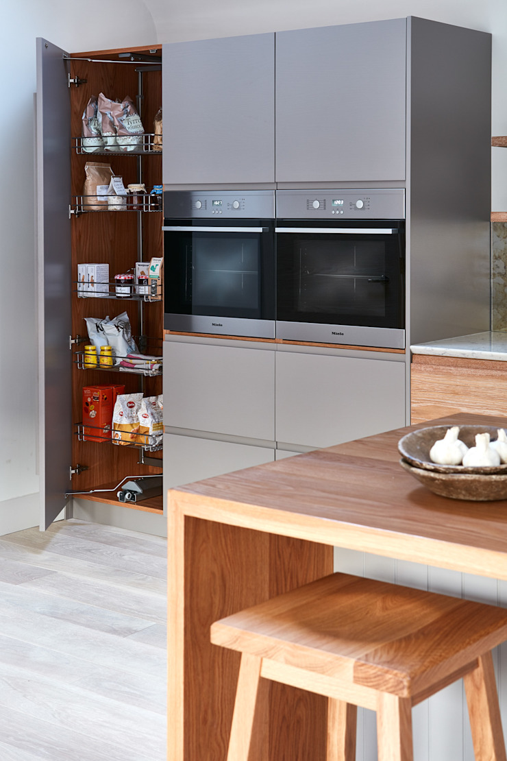 Brancaster Marshes Modern Kitchen by NAKED Kitchens Modern Wood Wood effect