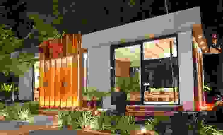 Pavilhão da Rádio CBN por Izilda Moraes Arquitetura Moderno