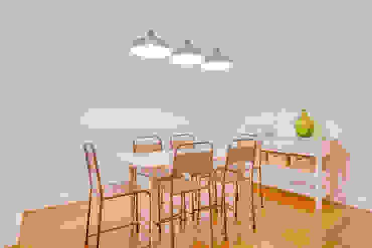 Apartamento Rua Boavista / Lisboa – Apartment in Rua Boavista / Lisbon Ivo Santos Multimédia Salas de jantar modernas