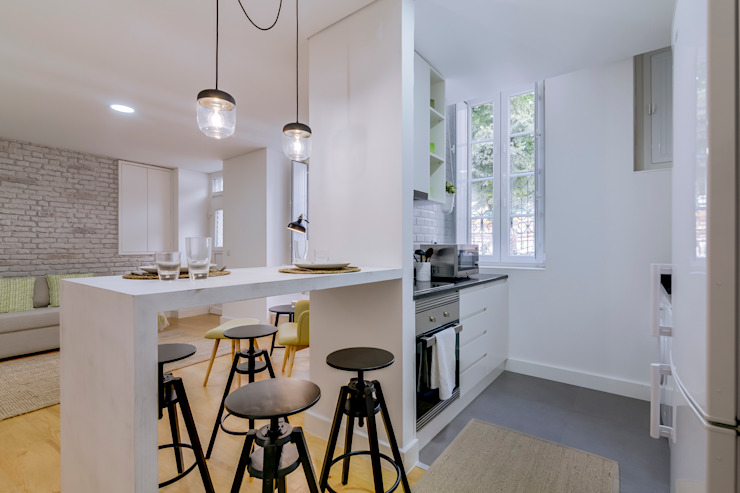 Apartamentos Alfama / Lisboa – Apartments in Alfama / Lisbon Ivo Santos Multimédia Cozinhas modernas