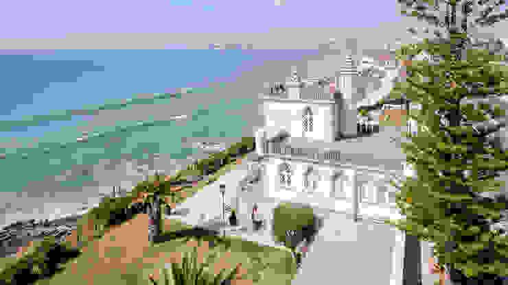 Luxuosa Villa S. Pedro Estoril / Lisboa - Luxury Villa S. Pedro Estoril / Lisbon: Casas  por Ivo Santos Multimédia,Rústico